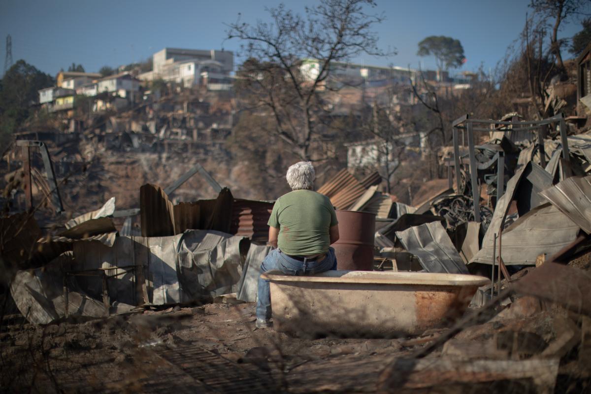 SAN FELIPE: Municipio inició campaña solidaria para ir en apoyo de las familias afectadas por incendio en Valparaíso